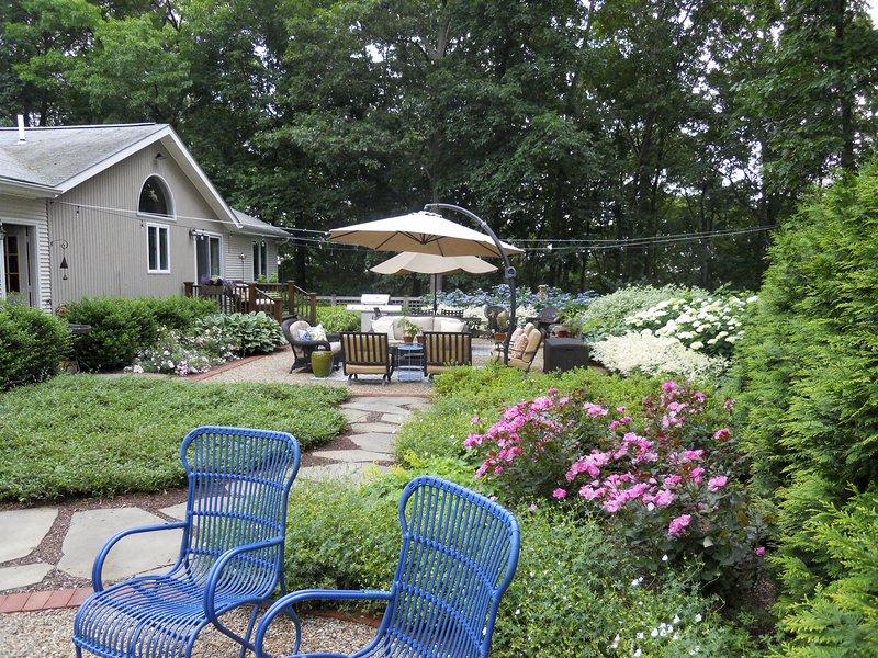 Suburban Backyard   Andrew Grossman Landscape Design