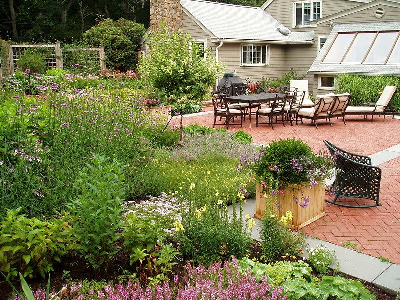 East Greenwich Back Garden | Andrew Grossman Landscape Design